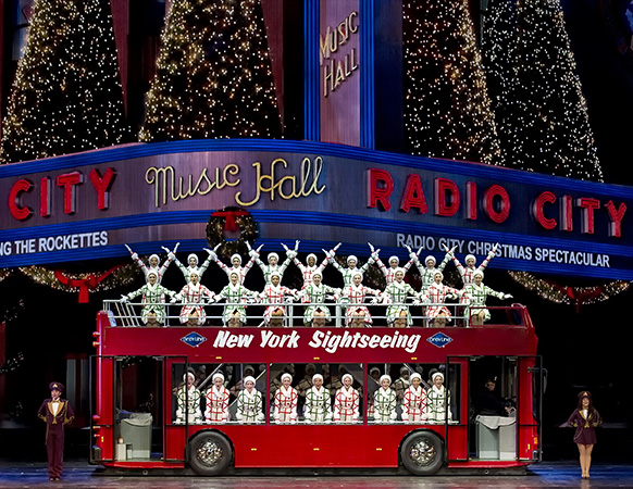 "The Rockettes in ""New York at Christmas"" in the Radio City Chris"